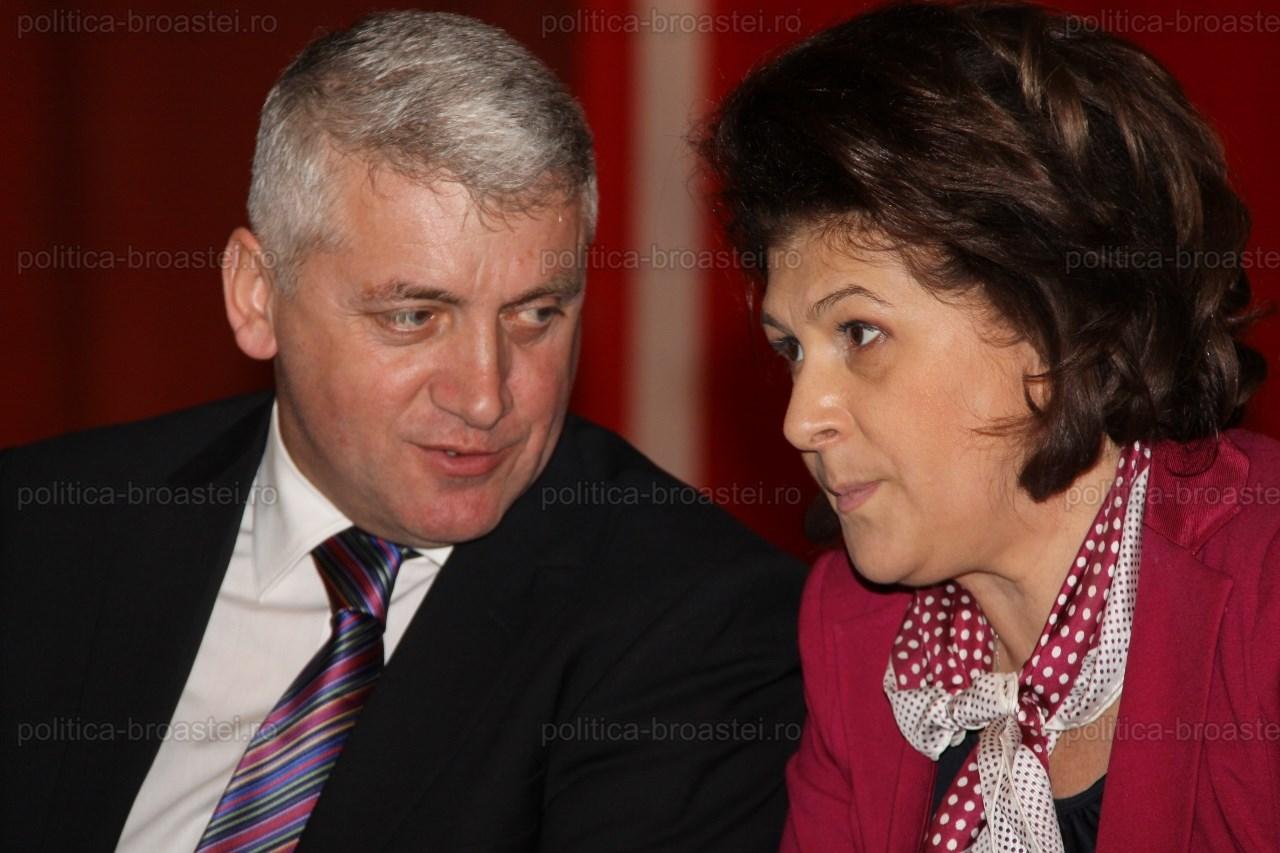 Adrian Țuțuianu, atac direct la Rovana Plumb: Lipsă de caracter și de interes pentru județul Dâmbovița!