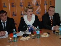 Andreea Paul Vass, mesaj pentru Florin Popescu și alții asemenea: Ai, măcar, decența și nu ataca PDL de pe urma căruia ai beneficiat ani de zile!