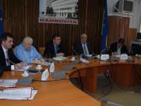 Solicitările funcționarilor din administrația locală prezentate parlamentarilor dâmbovițeni. Răspunsurile acestora