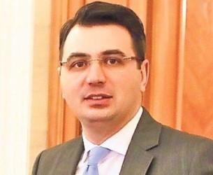 Deputatul Radu Popa: Solidar 100% cu Sebastian Ghiță! Gestul lui Hrebenciuc trebuie urmat de toți parlamentarii cu probleme!