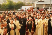 "FOTO: ""Catedrala"" din Moreni, deschisă spre slujire!"