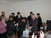 IPS Părinte Mitropolit Nifon și președintele CJD au oferit cadouri copiilor din mai multe centre sociale