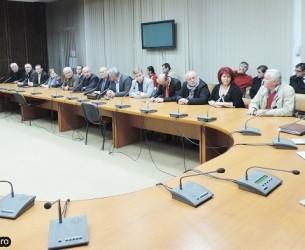 LIPSĂ DE CVORUM la ședința CJD convocată de PNL! Din 19 consilieri numărați la partid au ajuns doar 17 în sală!