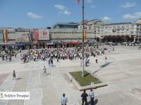 """Dâmbovița: Micul protest al marelui PNL. 250 de oameni și 30 de minute de """"Jos Ponta"""" (galerie foto)"""