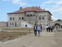 FOTO: Ministrul Culturii, Ionuț Vulpescu, vizită pe șantierul Palatului brâncovenesc de la Potlogi!