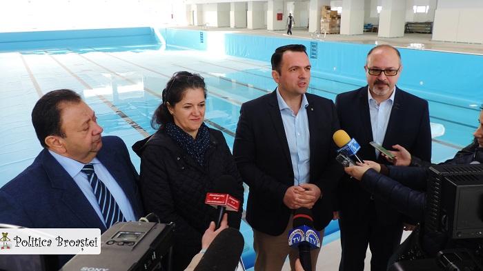 complexul de natatie (2)