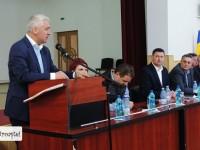 """Adrian Țuțuianu: Am greșit când am cedat înlocuirii lui Vlad Oprea. Primarul era supărat că-i luase """"fața"""" în Titu!"""