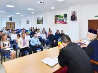 IPS Părinte Nifon, discuție cu tinerii ce vor reprezenta Arhiepiscopia Târgoviștei la Întâlnirea Tinerilor Ortodocși din toată lumea!