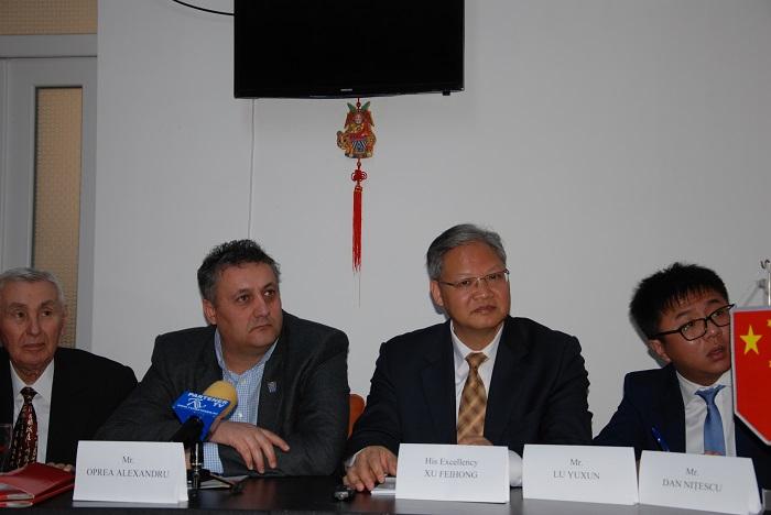 Ambasadorul R.P. Chineze, prezent la Târgoviște cu prilejul Adunării Generale a Asociaței de Prietenie China – România!