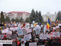 TÂRGOVIȘTE: Cel mai mare miting pentru susținerea Guvernului Grindeanu! 10.000 de oameni au ieșit în stradă!