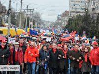 FOTO: Marș de susținere pentru Guvernul Grindeanu în municipiul Târgoviște!