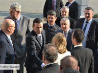 DÂMBOVIȚA: Premierul Sorin Grindeanu, vizită la fabrica Arctic din Găești! (foto + video + declarații)