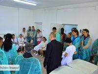 Echipa de volei a CSM Târgoviște, daruri pentru Secția Nou-Născuți a Spitalului Județean! (foto)