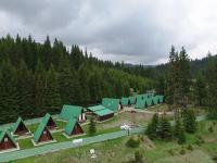 Campingul Zănoaga – pentru iubitorii de munte și drumeții! (facilități, tarife)