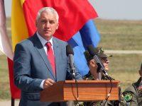 Adrian Țuțuianu, mesaj după demisia de la MApN: Plec cu fruntea sus şi cu sentimentul muncii îndeplinite!