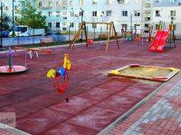 Târgoviște: Încă un loc de joacă finalizat în microraionul 6, strada Transilvaniei (foto)