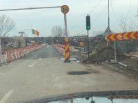 Târgoviște: Podul de la Valea Voievozilor a fost deschis circulației în regim semaforizat!