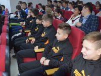 CJD: Premii pentru elevii și profesorii cu rezultate bune la concursurile sportive naționale!