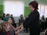Carmen Holban (PSD), daruri pentru Căminul de bătrâni de la Catedrala Eroilor din Târgoviște