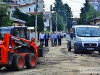 Târgoviște: Strada Cetății, în plină reabilitare. S-a asfaltat, deja, jumătate! (foto)