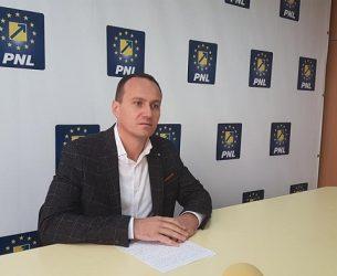 """Președintele PNL Târgoviște numește """"populism ieftin"""" legile de sprijin pentru firme românești și persoane fizice, votate acum 3 zile"""