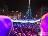 FOTO: Aprinderea bradului și a luminițelor de Crăciun la Târgoviște!