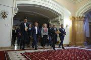 Adrian Țuțuianu îi desființează pe Codrin Ștefănescu și Niculae Bădălău! (declarații partea a II-a)
