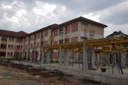 """Executivul Primăriei Târgoviște, vizită pe șantierul Școlii nr. 13 """"Matei Basarab"""" – stadiul lucrărilor!"""