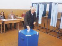 ZIUA ALEGERILOR PREZIDENȚIALE: Senatorul Adrian Țuțuianu a votat în municipiul Târgoviște / declarații