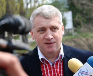 Amendă 5.000 de lei pentru un coteț / presiuni din partea primarului PSD la adresa unui candidat PRO ROMÂNIA (declarații Adrian Țuțuianu)