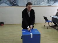 Europarlamentarul Victor Negrescu (PSD) a votat în municipiul Târgoviște