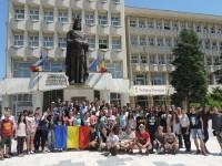 MARȘUL UNIRII: Tinerii basarabeni au fost primiți la Consiliul Județean Dâmbovița!