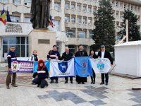 Steagurile CJ Dâmboviţa, Primăriei Târgoviște și Arhiepiscopiei vor fi arborate pe 1 decembrie pe vârful Snezka din Cehia!
