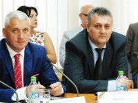 Adrian Țuțuianu critică: Nu mi se pare corect să faci pe Moș Crăciun cu prime la sute de salariați! (declarații complete)