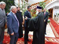 Premierul Sorin Grindeanu, întâlnire cu IPS Părinte Mitropolit Nifon la reședința eparhială din Târgoviște!