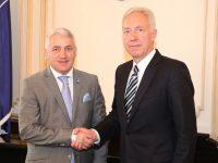Ambasadorul SUA, Hans Klemm, vine mâine la Târgoviște! (detalii)