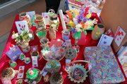 Târgoviște, Piața 1 Mai: Mărțișoare confecționate de copiii și adulții centrelor sociale (detalii)