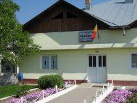 """Abuzuri la Lungulețu!? >> Primăria din """"Las Fierbinți"""" e cu 10 clase peste / acuzații incredibile"""