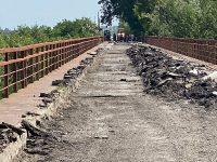 Conducerea CJD, nemulțumită de ritmul lucrărilor la podul de la Ungureni – Corbii Mari / amenințare cu rezilierea